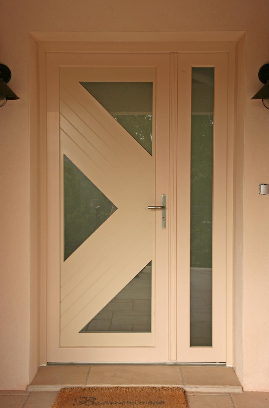 Porte d'entrée en PVC, gamme contemporaine